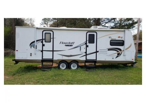 For Sale 2011 Flagstaff R.V.